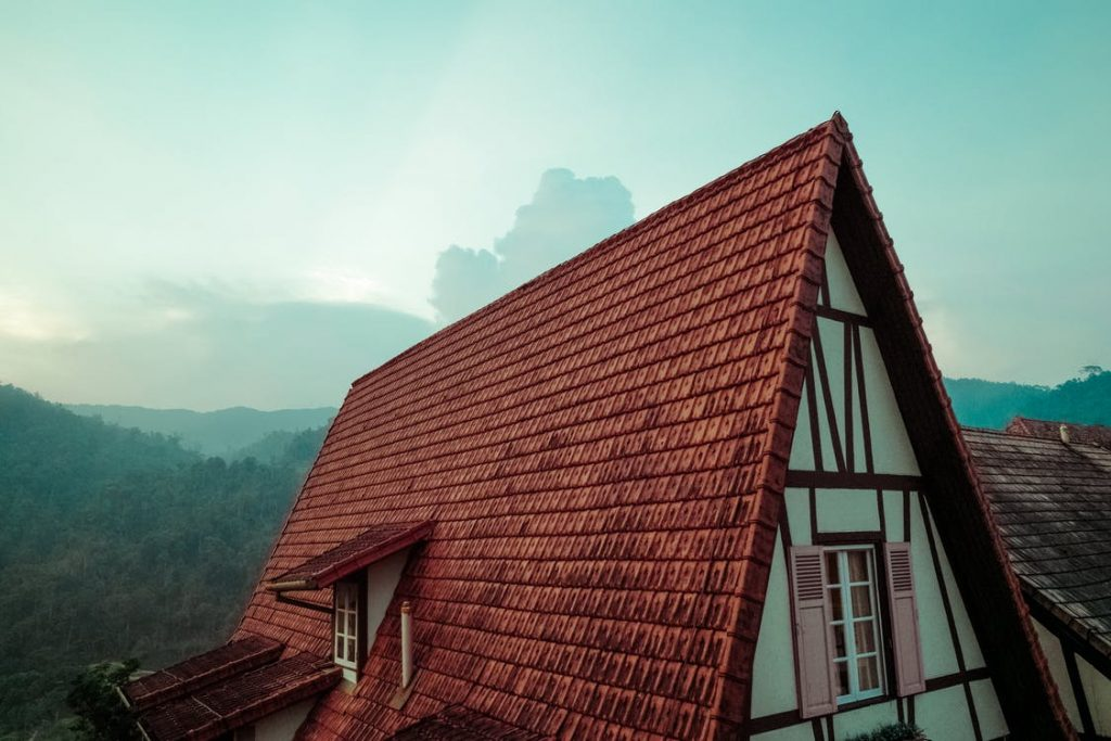 Find a Reputable Roof Contractor in Arizona